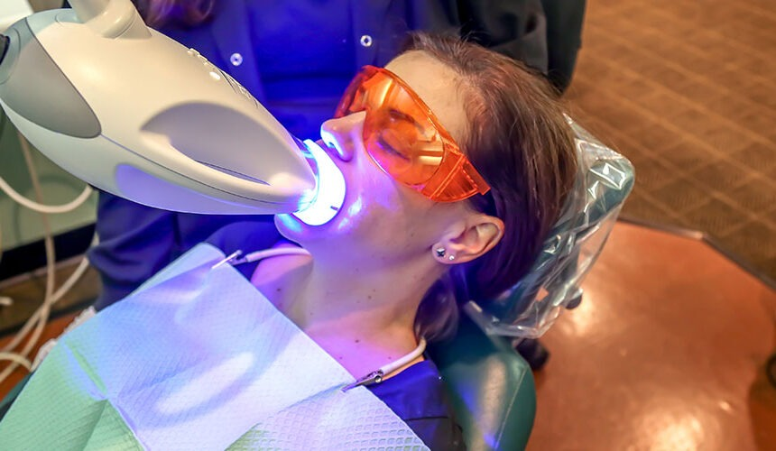 Laser Teeth Whitening: What are its Advantages?
